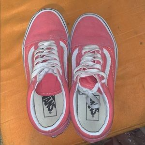 brand new pink vans. size 7 comes with box
